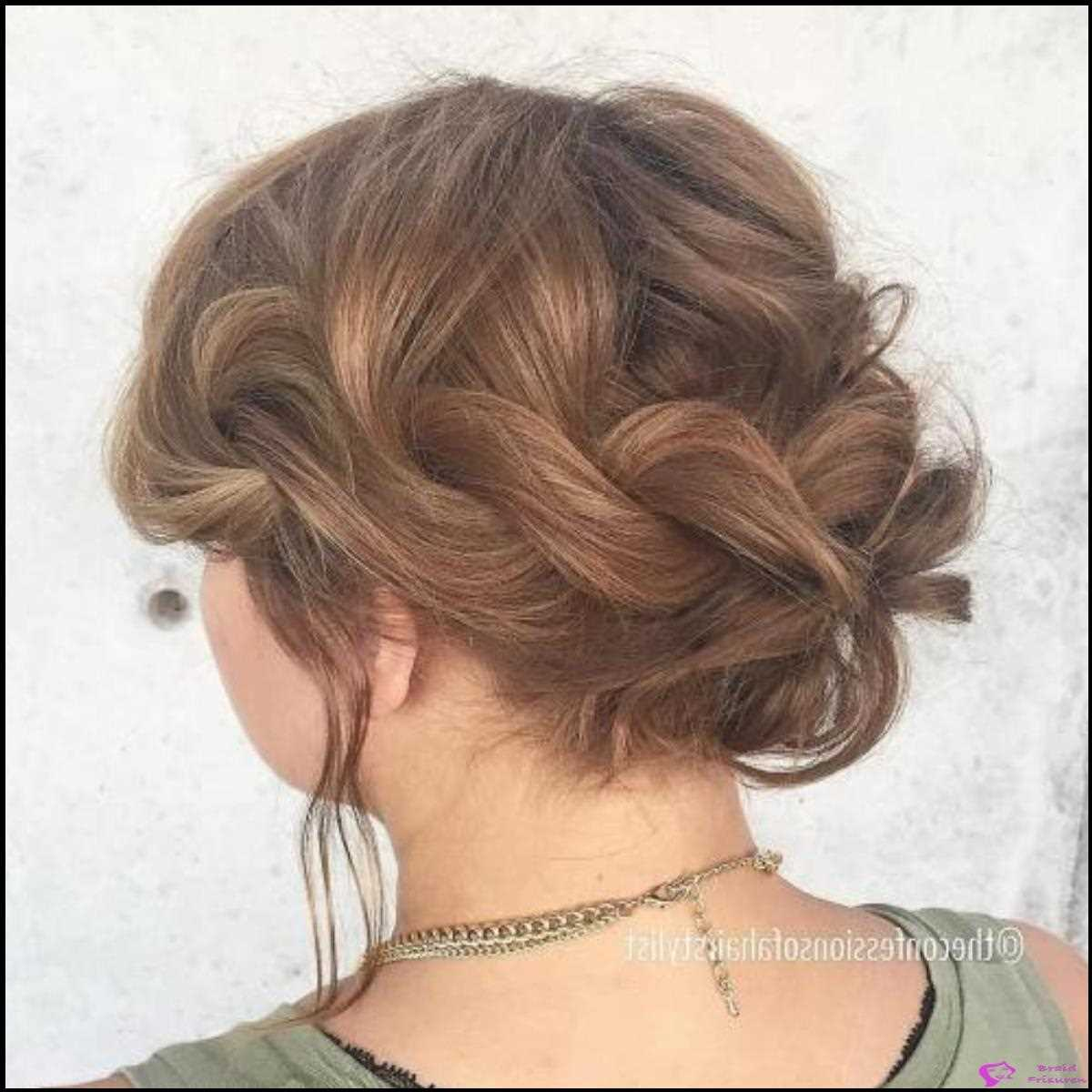 5: Loose Twisted Updo für Prom
